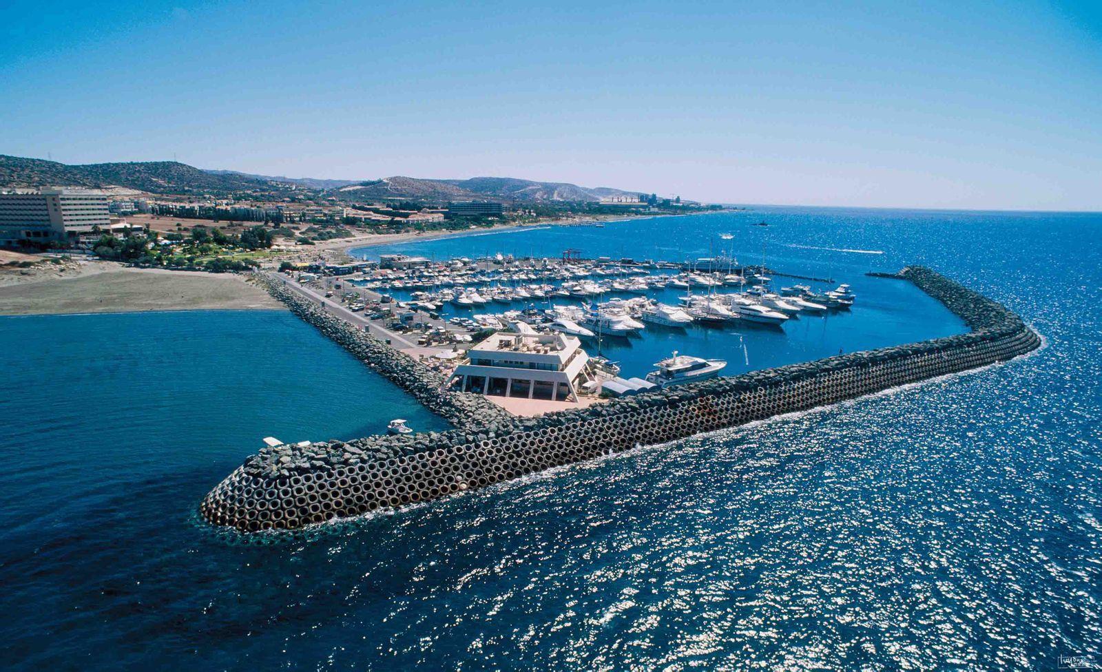 小国移民|为什么塞浦路斯护照被称为护照中的爱马仕?