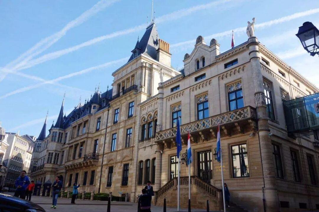 小国家,大作用,为什么说移民卢森堡是在与国际接轨?