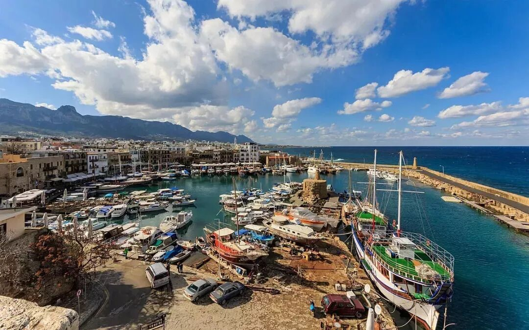 塞浦路斯移民优势众多,高质量英式教育是亮点
