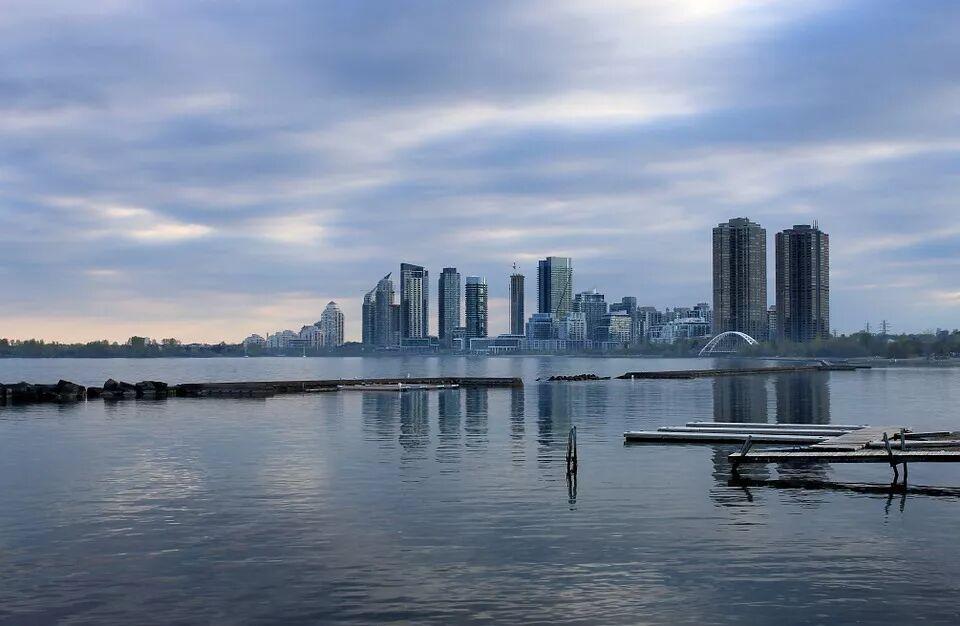 加拿大萨省雇主担保移民
