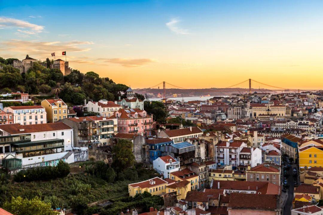 葡萄牙D7签证隐藏的高福利:获取世界排名第六的护照,免签188国!